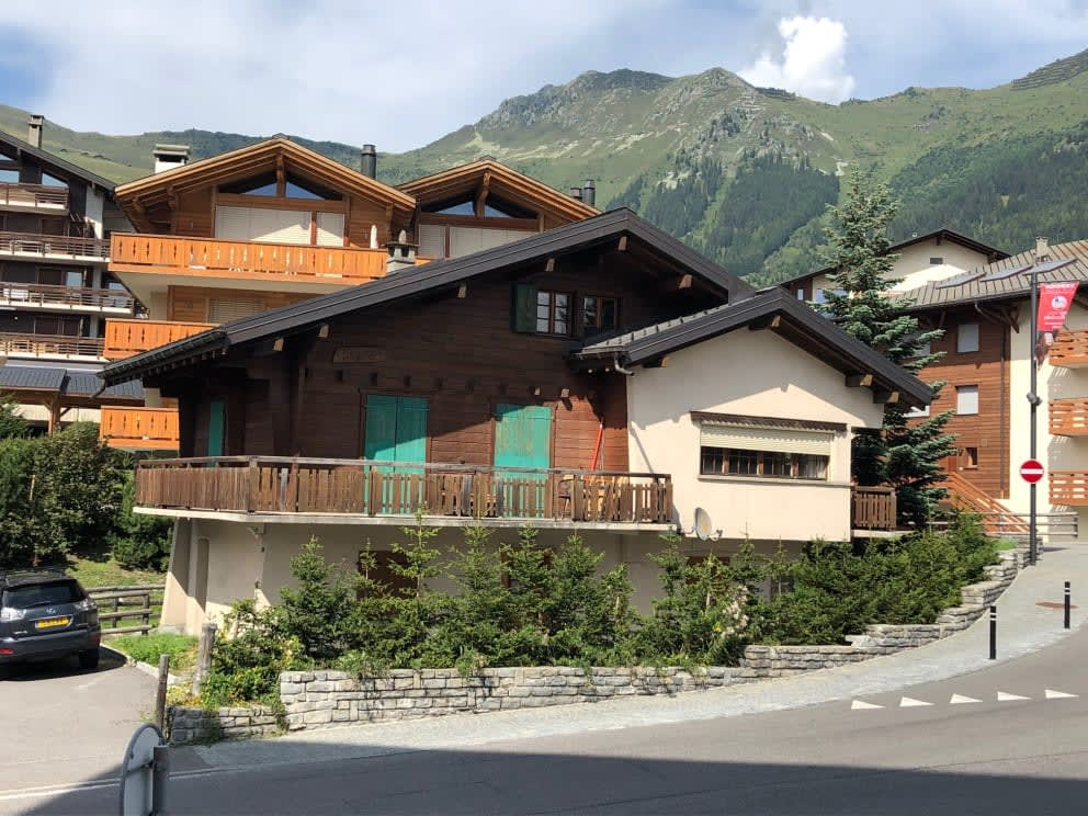 Chalet Payana is a great development opportunity in the centre of Verbier.