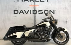 Harley-Davidson FLHRC 1690 Road King Classic ABS Granate