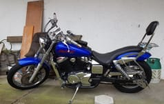 Honda VT 750 DC Black Widow